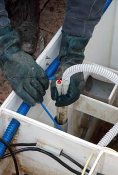 Remove the hose for air supply from the air-lift pump nozzles carefully